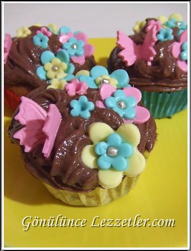 çiçek muffinler
