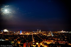 Barcelona night (hunter of moments) Tags: barcelona light sea sky luz skyline night landscape mar nikon paisaje cielo nocturna d5000
