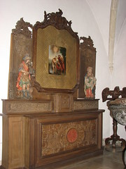 Luxembourg Michielskerk oud altaar (Arthur-A) Tags: church catholic interior interieur kirche altar kerk michiel eglise luxemburg protestant katholiek altaar luxembour