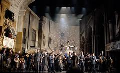 Opera Essentials: Faust