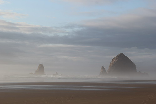 20110915. oregon coast, cannon beach.