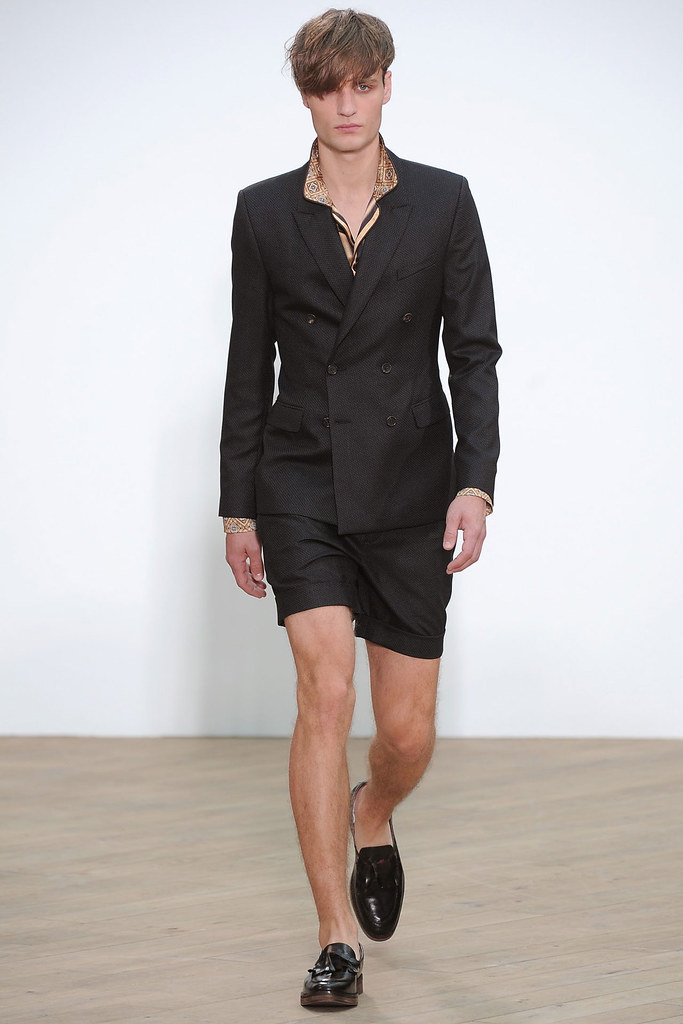 SS12 London Topman Design023_Oskar Tranum(VOGUE)