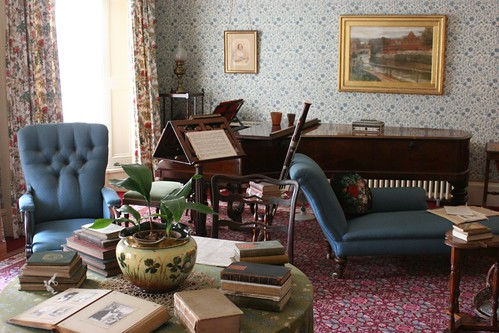 Drawing room at Down House