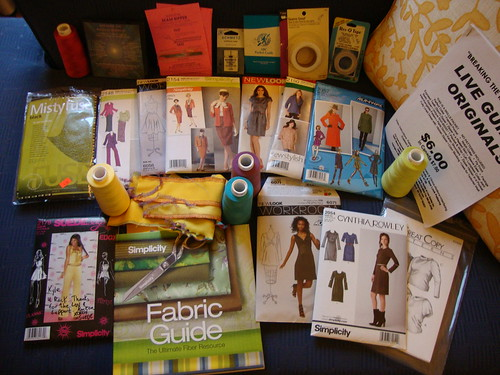 my haul from the weekend (not pictured, some double fold elastic and Kai scissors, which I bought today)