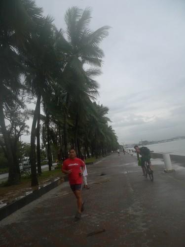 Roxas Boulevard - life as usual!
