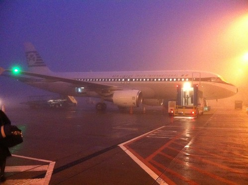 Aer Lingus A320 - in retro livery in Cork fog. by despod