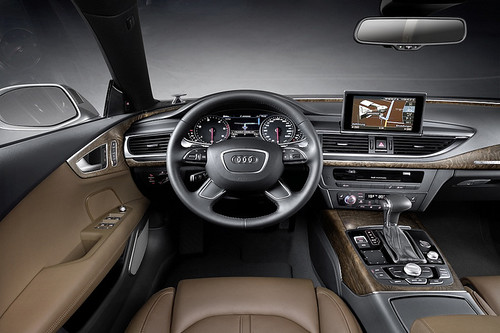 Jim Jones drives the new AUDI A7 SPORTBACK