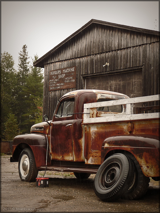 P1190335_old_truck