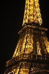 La tour eiffel (0x363 (Arjun Attam)) Tags: light paris tower night 50mm tour eiffel f18 eiffeltowertourparisnightlight50mmf18