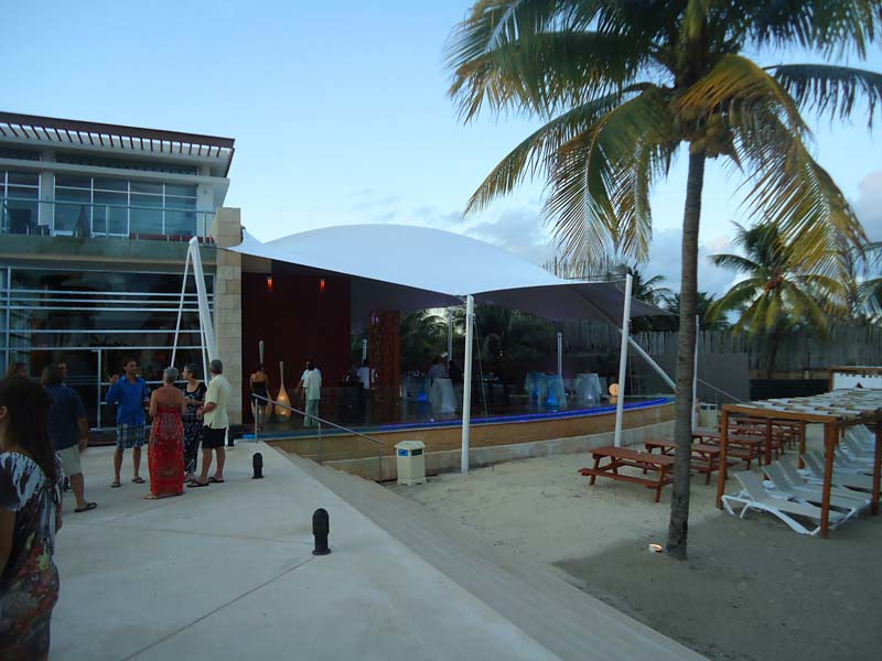 Inauguración Restaurante Oriola Beach Grill en The Fives