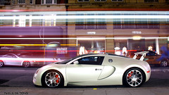 Bugatti Veyron Grand Sport (Niels de Jong) Tags: street white bus london sport st night canon eos lights aperture long shot cream ivory sigma commons grand creme explore arab shutter 164 gran kuwait bugatti 18200 supercar veyron sloane gransport explored grandsport hypercar nielsdejong 1000d ndjmedia
