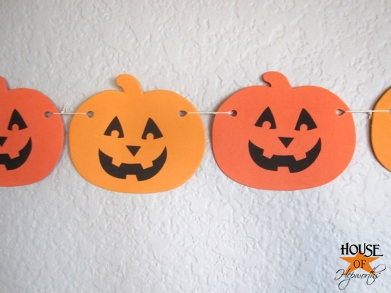 Dollar_Tree_Halloween_Decor_HoH_19