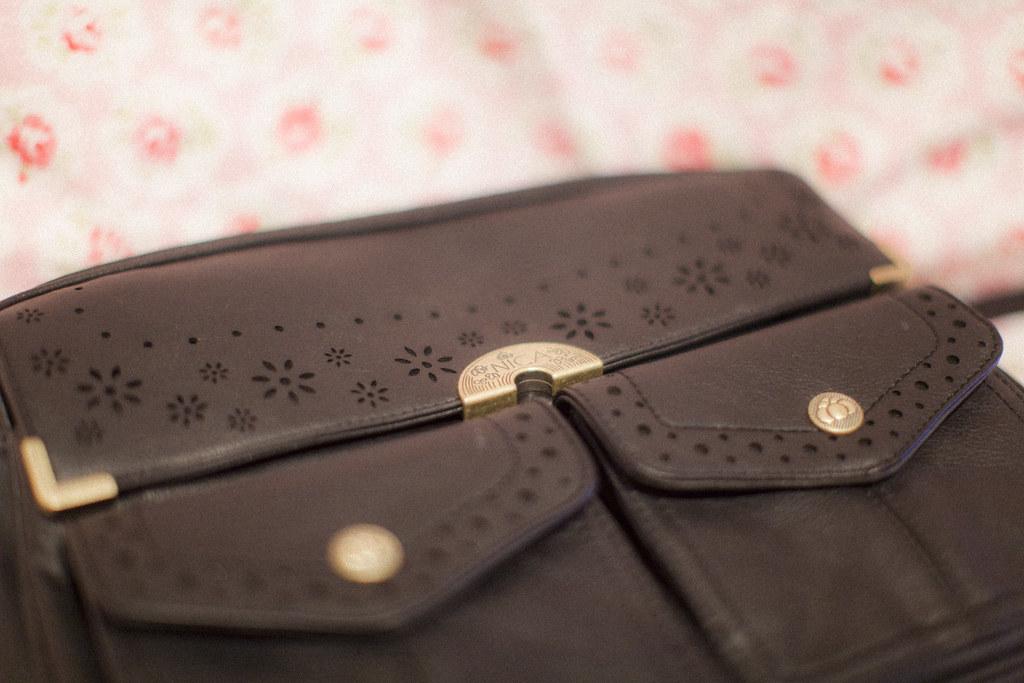giveaway: let's talk about bags. – hjartesmil