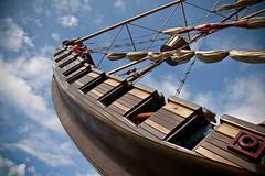 the flying dutchman (Stefan Lorse) Tags: wood summer sun germany deutschland ship sommer saxony swing leipzig sachsen holz sonne schiff themepark schaukel wideangel weitwinkel belantis tamron1750mmf28 canoneos50d verknügungspark