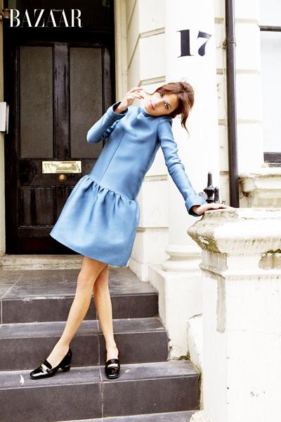 Alexa-Chung-Blue-Burberry-dress