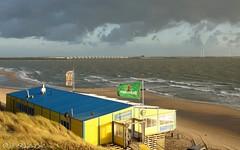 Strand Westerschouwen (ditmaliepaard) Tags: strand wolken zee duinen soe picnik windmolens neeltjejans coth westerschouwen ondergaandezon