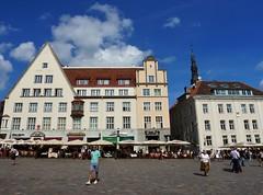 Town Hall Square, Tallinn, Estonia (Lemmo2009) Tags: tallinn estonia cruising cruises cruiseships princesscruises balticcruise townhallsquare tallinntownhall emeraldprincess