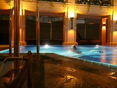 P1260063 (CANDYTANGERINE) Tags: china roof pool club night hongkong hotel top hong kong heath spa langham 15floorsup