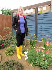 Stuff 042 (Glimmer Rat) Tags: wellies rubberboots gummistiefel wellingtons gumboots rainboots