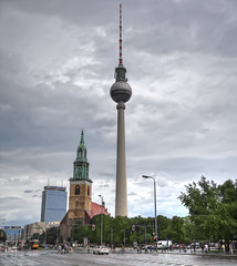 7631_F (Berlin, Alexanderplatz) (Rafelot) Tags: berlin tower radio germany torre platz rda alexanderplatz fernsehturm antena alexander comunicaciones 368 eixidetes rafelot afsueca afcastello