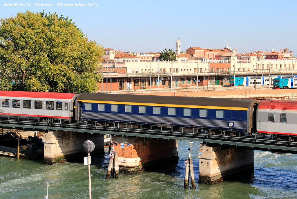The world 39 s best photos of euronight and ferrovie flickr - Trenitalia vagone letto ...