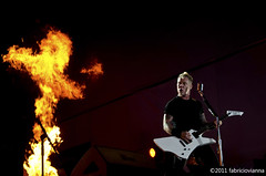 Metallica @ Rock in Rio 2011 (fabriciovianna) Tags: show brazil music rio festival rock metal riodejaneiro fire james concert nikon rj live metallica pyro liveshot fuel hetfield rockinrio jameshetfield fuckingimages fabriciovianna