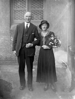 September 28, 1932