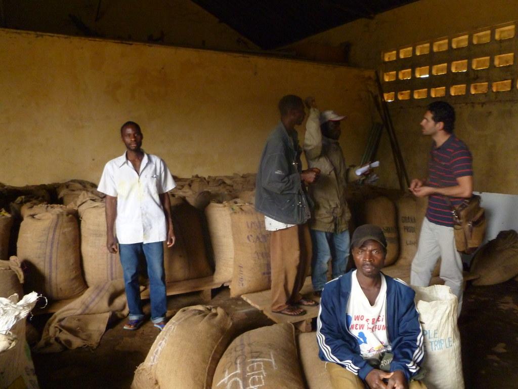Stockage du cacao - visite Progresso Togo