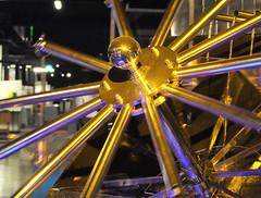 TECHNORAMA_14_14072010_11'58 (eduard43) Tags: wissenschaft winterthur technorama chaostheorie chaotischerbrunnen berhardgitton