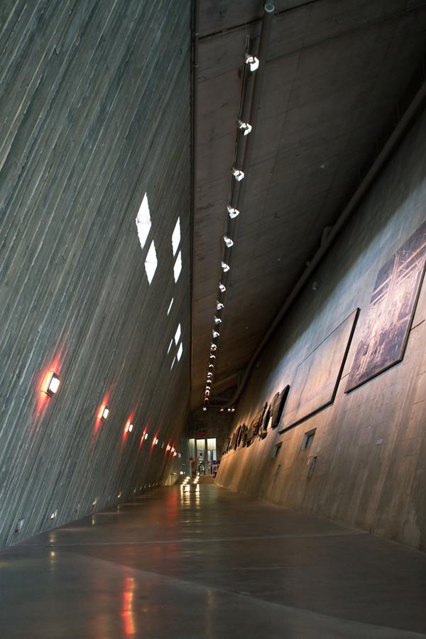War museum Hallway
