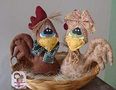 Casal de cocs (Ma Ma Marie Artcountry) Tags: galinha artesanato tecido enfeite cocs galinhacountry casaldegalinhas