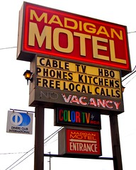 Nostalgic motel sign () Tags: usa color sign club america photography washington tv discount cool interesting highway state pacific northwest image good united picture free motel cable retro nostalgia international vision photograph 99 sound nostalgic americana local states roadside googie weekly vacancy hbo diners puget rates calls midcentury deals madigan