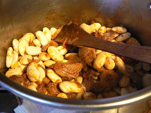 préparation de la loubia.jpg