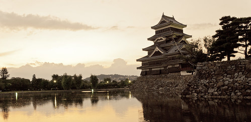 黃昏下的松本城