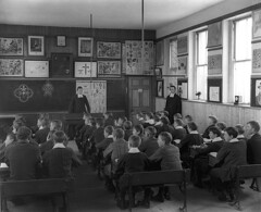 October 10, 1902 (National Library of Ireland on The Commons) Tags: ireland boys education october classroom brothers 10th teaching teachers friday botany 20thcentury blackboard waterford pupils desks 1900s glassnegative 1902 schoolboys delasalle delasallecollege nationallibraryofireland ahpoole poolecollection arthurhenripoole