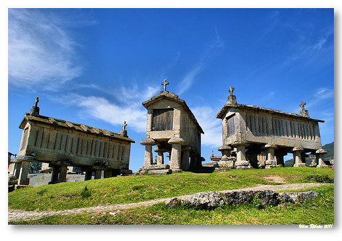 Espigueiros do Soajo #2 by VRfoto