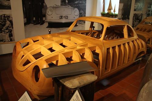 Holzmodell vom Typ 356