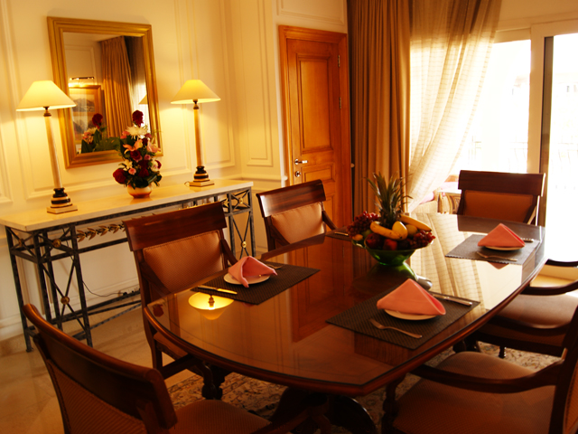 Dining Room in Presidential Suite