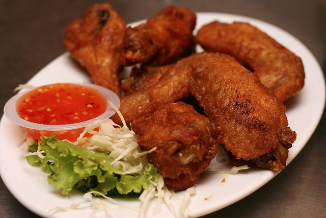 Peek Gai Thod (S$5 for 3 pieces) - Fried Chicken Wings