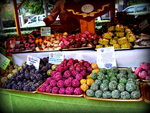 Kókuszgolyó: Hungarian coconut rum balls