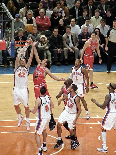 David Lee and Joakim Noah Fight for the Rebound