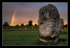 Avebury dawn (izzy's-photos) Tags: pink sky green rock sunrise rainbow magic avebury stonecircle sheeppoo blinkagain
