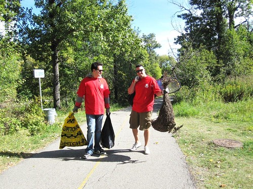 Molson Canadian Red Leaf Project/Great Canadian Shoreline Cleanup - Elbow River, Calgary