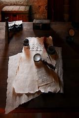 (Cani Mancebo) Tags: old textura spain explore murcia bodegón pluma lupa cartagena envejecimiento vejez pergamino explored canimancebo