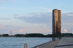 Chicago - Lake Pointe Tower at Twilight (atramos) Tags: chicago flickr lakepointetower republished darktones least500i