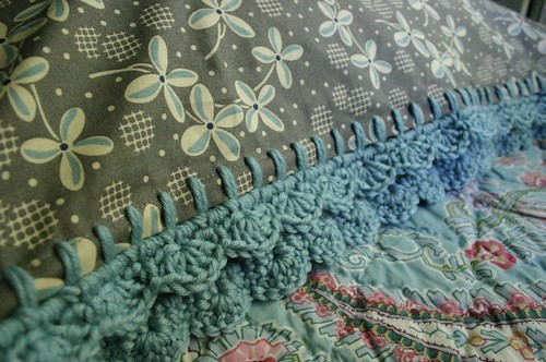 Bits And Bobs: Bobble Crochet Pillowcase Edge