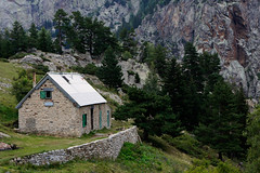 "2011_646007 - Camp 45 Maison Foréstière de Mariailles • <a style=""font-size:0.8em;"" href=""http://www.flickr.com/photos/84668659@N00/6185794502/"" target=""_blank"">View on Flickr</a>"