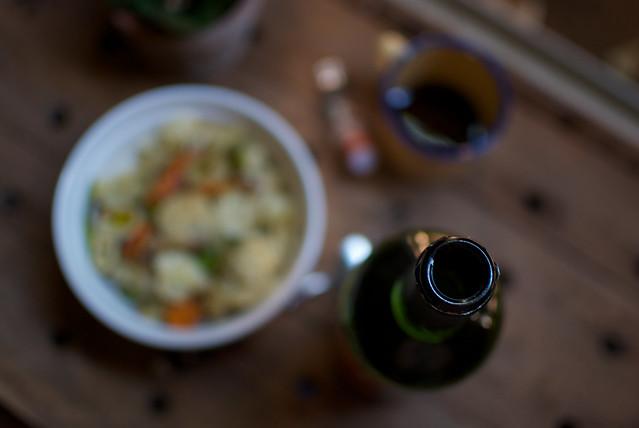 pasta con coliflor, zanahoria y calabacín