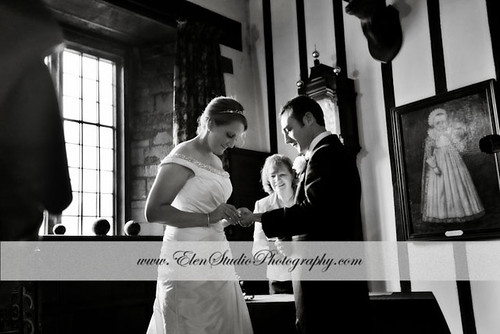 Wedding-photos-Rockingham-Castle-G&M-Elen-Studio-Photography-s-011.jpg