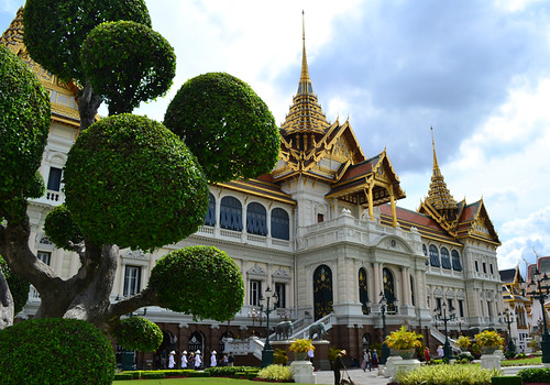 11 grand palace